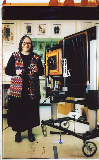 A self-portrait of Dorfman with her giant Polaroid camera, shot with another giant Polaroid camera. Photo by Elsa Dorfman and licensed under CC BY-SA 3.0.